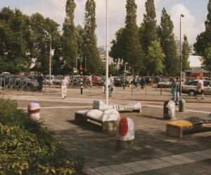 Beroemde bankjes van weleer komen terug in centrum Amstelveen