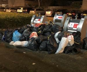 Volle afvalcontainers blijven terugkerend probleem