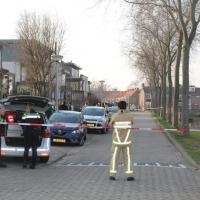 Straat in Ouderkerk afgezet om gaslek