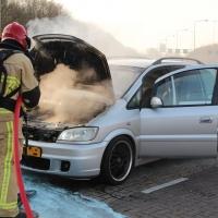Autobrand nabij tankstation A9 Amstelveen